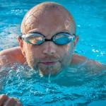 Cómo mejorar la resistencia al nadar