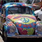 Cómo hacer un disfraz de Hippie para mujer